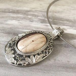 Jasper Gemstone Pendant Choker Necklace